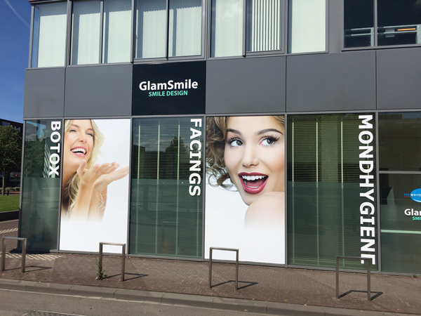 GlamSmile Sticker door Multi Design reclame